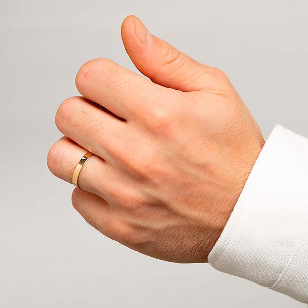 Joyería online alianza de boda Mink puesta hombre